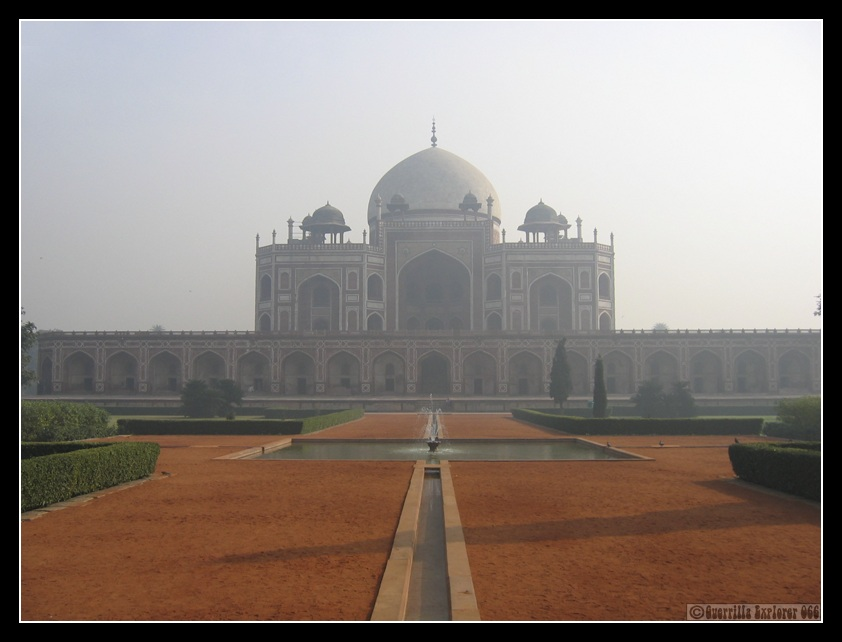 essay on taj mahal in hindi 427 words short essay on visit to my favorite place - taj mahal there are many beautiful and worth seeing historical places in india but the taj mahal of agra is the most beautiful of all.